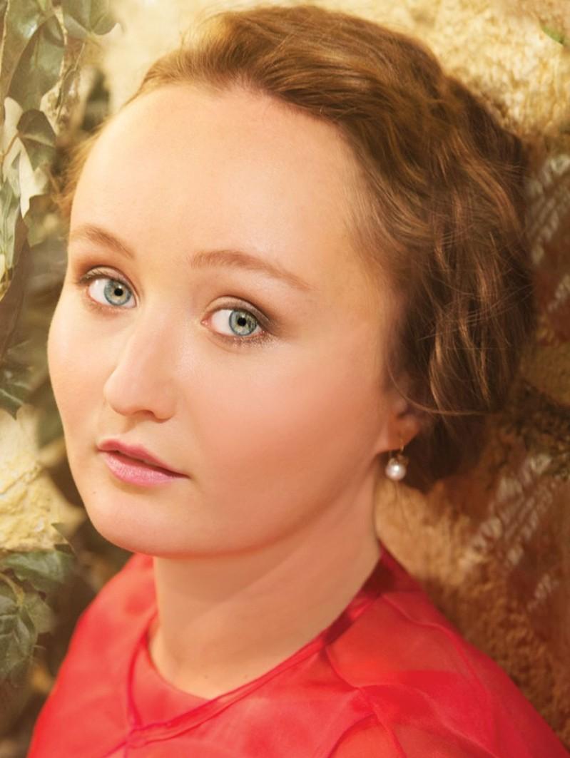 julia-lezhneva-bg-01 (2)