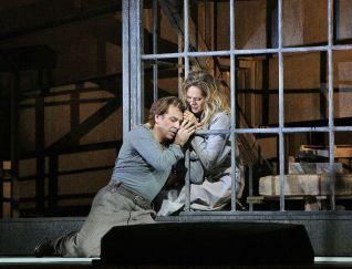 Manon Lescaut MET Alagna Opolais acte 3er. Fotografia Ken Howard/MET