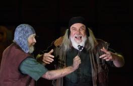 John Tomlinson (Varlaam) al Boris Gonudov de la ROH. Fotografia de Catherine Ashmore