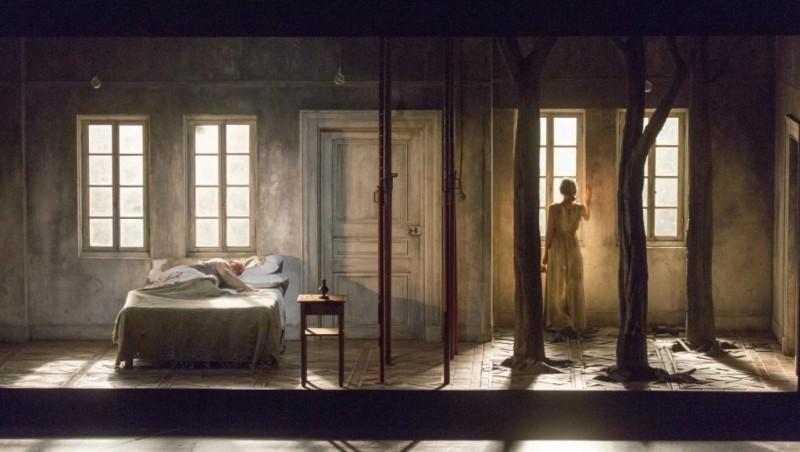 Escena de Written on Skin en la producció de Katie Mitchell. Fotografia (Richard Termine/Lincoln Center)