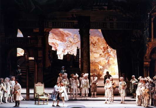 Un ballo in maschera, acte 1er, producció de Gianfranco de Bosio. Fotografia: Staatsoper/Michael Pöhn