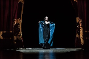 Sophie Koch (Venus) a la ROH copyright ROH. Photo by Clive Barda.