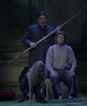 Anja Kampe (Kundry) Franz-Josef Selig (Gurnemanz) i Klaus Florian Vogt (Parsifal)