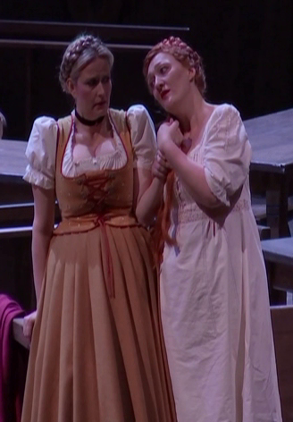 Camilla Nyllund (Elsa) i Michaela Schuster (Ortrud) a Viena 2016