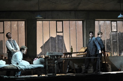 La Bohème acte 4at. Producció de Jonathan Miller Fotografia © Antoni Bofill