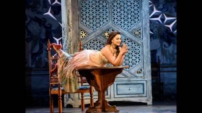 Danielle De Niesse (Rosina) Glyndebourne 2016 Fotografia BILL COOPER