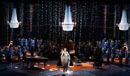 El compositor (Vladimir Stoyanov) ifinal de l'acte 2º Pikovaia Dama a Amsterdam © Karl and Monika