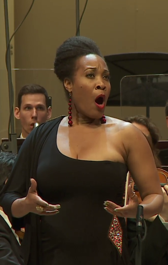 Janinah Burnett (soprano)