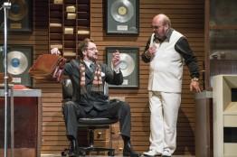 John Molloy (Basilio) i Graeme Danby (Bartolo) Fotografies gentilesa de la pàgina web de Wide Open Opera