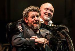 Richard Roberts (Mime) i Lars Cleveman (Siegfried). Fotografia: Clive Barda