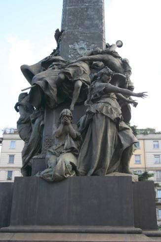 Monumento alle Cinque Giornate di Milano, Piazza Cinque Giornate, Milano