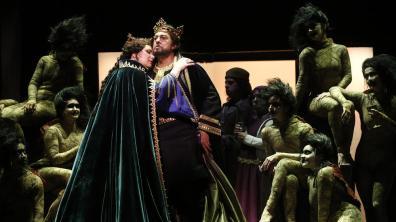 Ekaterina Semenchuk (Lady) Plácido Domingo (Macbeth) Genaro Molina / Los Angeles Times