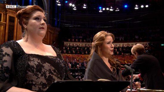Tamara Wilson, Alisa Kolosova i Marin ALsop en el PROMS 2016 (Messa da Requiem de Giuseppe Verdi) 9 de setembre de 2016
