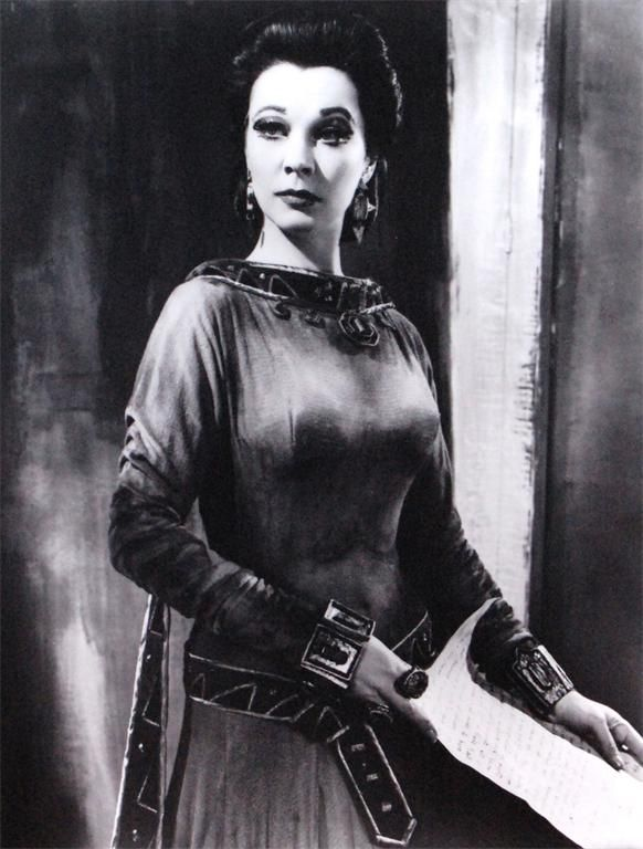 Vivien Leigh (Lady Macberh)