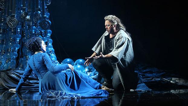 Samson (Gregory Kunde) i Dalila (Daniela Barcellona) al Teatro Regio de Torí Producció de Hugo de Ana Fotogrfaia gentilesa del Teatro Regio