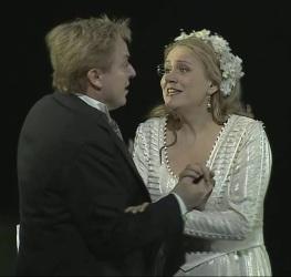 """Misha Didyk i Anja Kampe a """"Lady Macbeth de Mzensk"""" Producció de harry Kupfer Bayerischen Staatsoper"""