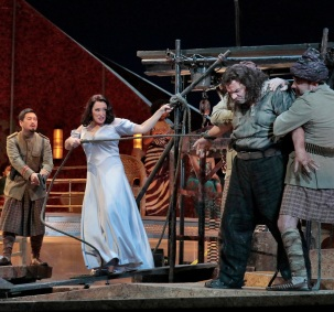 Kang Wang, Patricia Racette i Željko Lucic a Salome. Foto de Ken Howard/Metropolitan Opera.