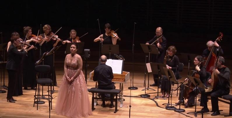 Sonja Yoncheva a la sala Philharmonie de París amb Academia Montis Regalis i Alessandro de Marchi 18 d'abril de 2017