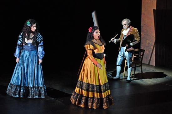 Maria Miró, Kristine Lewis i Carles Canut, Fotografia gentilesa del departament de premsa del Liceu -®A Bofill