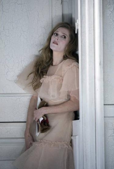 Ophelia (Barbara Hannigan) Fotografia de Richard Hubert Smith gentilesa del Festival de Glyndebourne