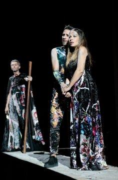 Nino Machaidze i John Irvin a Le Siège de Corinthe ROF 2017 Producció de La Fura dels Baus (Carlus Padrissa)