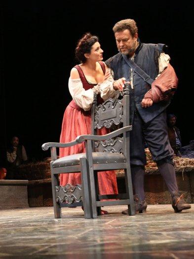 Raffaella Lupinacci (Carlotta) i Carlo Lepore /Giorgio)