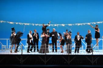 Il viaggio a Reims, producció d'Emilio Sagi foto ®A Bofill. gentilesa del Departament de Premsa del Gran Teatre del Liceu